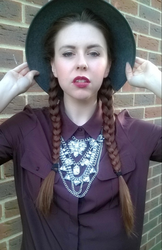 Aura LDN Statement Necklace - How To Style The Lampshade Trend