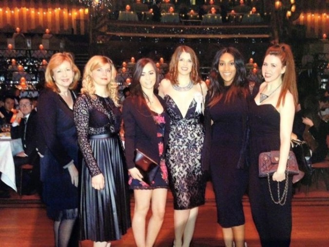 How to be a stellar bridesmaid with House of Fraser and Fashion Du Jour LDN - Hen Do in Paris, Moulin Rouge
