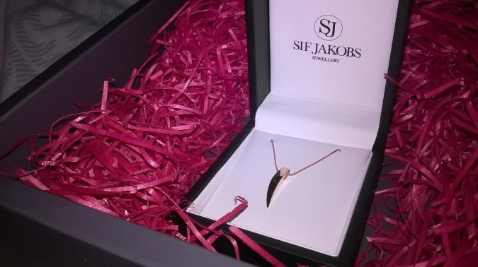 Classically Cool: Charles Fish Jewellery Sif Jacobs Pila Rose Gold Necklace by Fashion Du Jour LDN