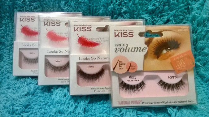 Awesome October Favourites Kiss Looks So Natural Lashes by Fashion Du Jour LDN