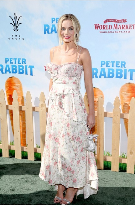 Our Top 5 Celebrity Fashion Icons of 2018…And How to Steal Their Look! by Fashion Du Jour LDN. Margot RobbieOur Top 5 Celebrity Fashion Icons of 2018…And How to Steal Their Look! by Fashion Du Jour LDN. Margot Robbie