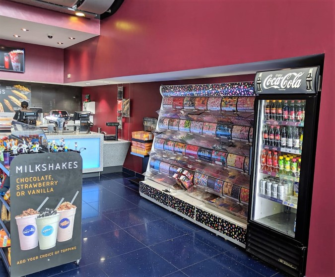 A Perfect Vue! Our Trip To Vue Cinema, Altrincham by Fashion Du Jour LDN. Cinema foyer, pick n mix stand, snacks