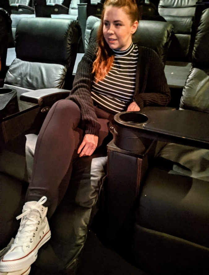 A Perfect Vue of The Gentlemen: Our Trip To Vue, Cheshire Oaks by Fashion Du Jour LDN. Vue Cinema, Film, Guy Ritchie, Leather Recliner chairs, Girl sitting in recliner seat, Converse White High Tops